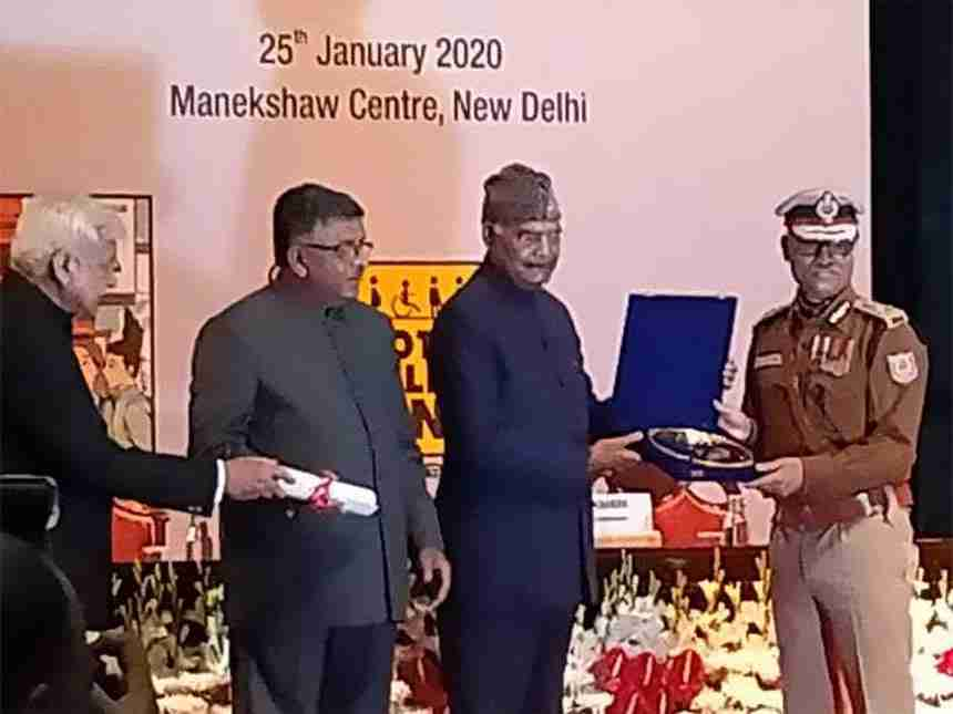 President Ram Nath Kovind honored IPS ML Meena on National Voters' Day